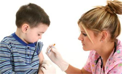 Μέ καθυστέρησι τῶν ἐμβολιασμῶν μειώνονται οἱ πιθανότητες ἐμφανίσεως ἄσθματος;